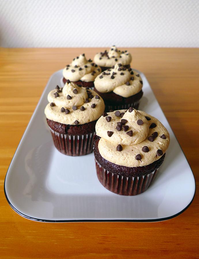 Cupcakes-choco-beurre-cacahuete
