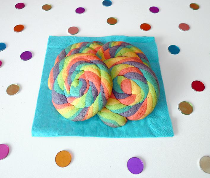 Rainbow-swirl-cookies